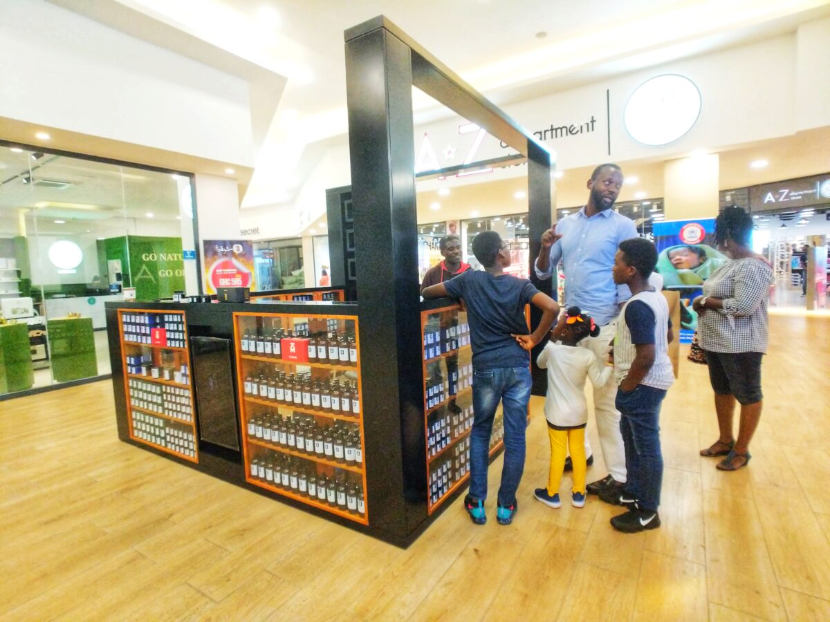 A family comes to Kaeme Kiosk at Palace Mall